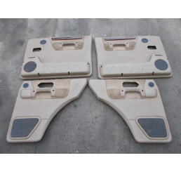 Discovery 2 Td5/V8 Beige half leather door cards