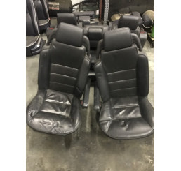 Discovery 2 Td5/V8 Black Leather Seats / Interior
