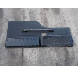 Discovery 2 Black Rear door card