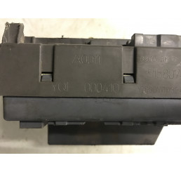 Discovery 2 Td5/V8 Interior Fusebox YQE000410