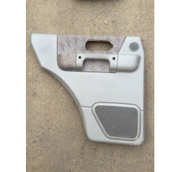 Discovery 2 Door Card with Land Rover Emblem Nearside Rear