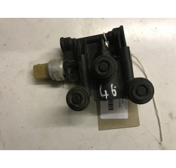 Discovery 3 /Range Rover Sport Air Suspension Cross Over Relief Valve YWC000046