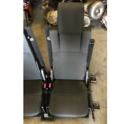 Discovery 3 Black Cloth Boot Seats