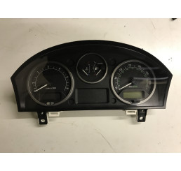 Discovery 3 Automatic Speedo Clocks Instrument Panel YAC500095