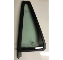 Freelander 2 Nearside Rear Door Quarter Glass