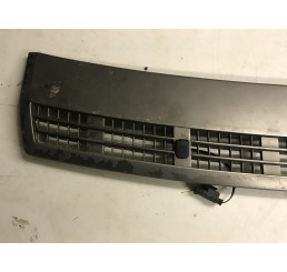 Range Rover L322 Back Of Bonnet Grill