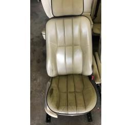 L322 Cream Leather Seat Set