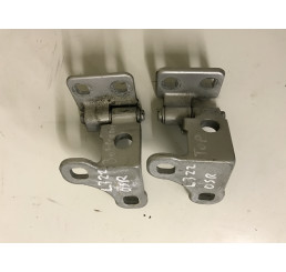Range Rover L322 Offside / Driver Side Rear Door Hinge Set Silver