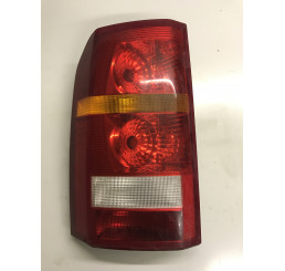 Discovery 3 Nearside / Passenger Side Rear Light XFB000573