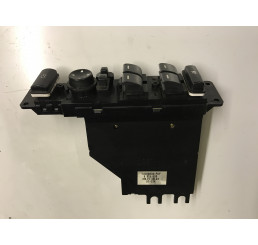 Range Rover L322 Driver Door Window Switches YUD000301PUY