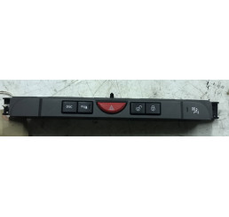 Discovery 3 04-09 Centre Main Switch Panel YUL500400WUX