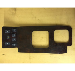 Discovery 2 Centre Console Window Switch Surround Walnut