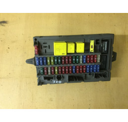 Discovery 2 Interior Fusebox YQE103320