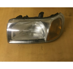 Freelander 1 Nearside Headlight With Orange Indicator Lens