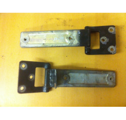 Discovery 2 Boot/ Rear Door Hinges Pair