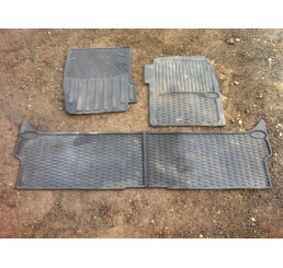 Discovery 2 Rubber Mat Set