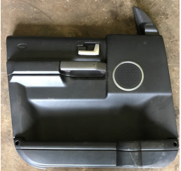 Discovery 3 Black Nearside/Passenger Side Front Black Door Card DDC500051