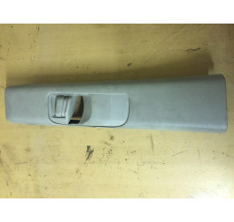 Discovery 2 B Post Seat belt Cover LH